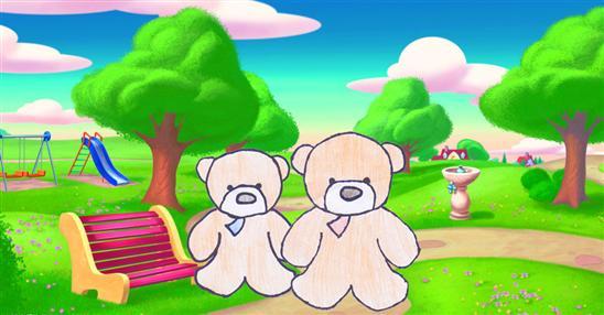 两只小熊在森林里散步
